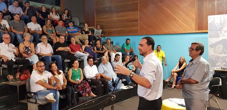 Luiz Otávio falou aos presentes sobre deliberações do governo estadual para a Fertel - Crédito: Maurício Borges