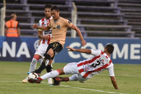 Com o empate, Santos FC fica com a classificação se conquistar vitória simples no jogo de volta - Crédito: Ivan Storti/ Santos FC