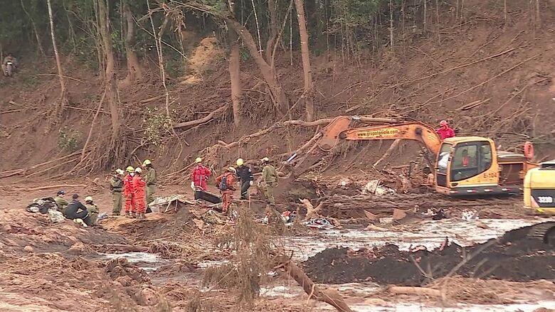 Equipes de resgate começam a fazer buscas com escavações a partir desta sexta (1º) - Crédito: Reprodução/TV Globo