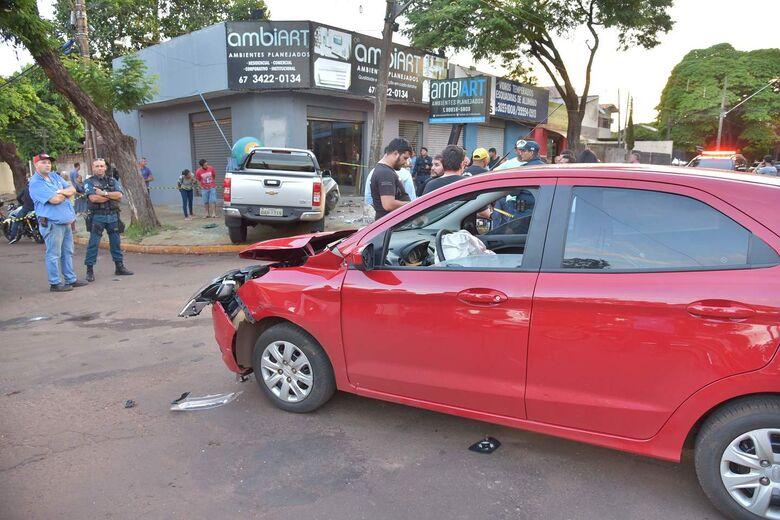 S10 colide com Ford Ka após perder o controle - Crédito: Marcos Ribeiro