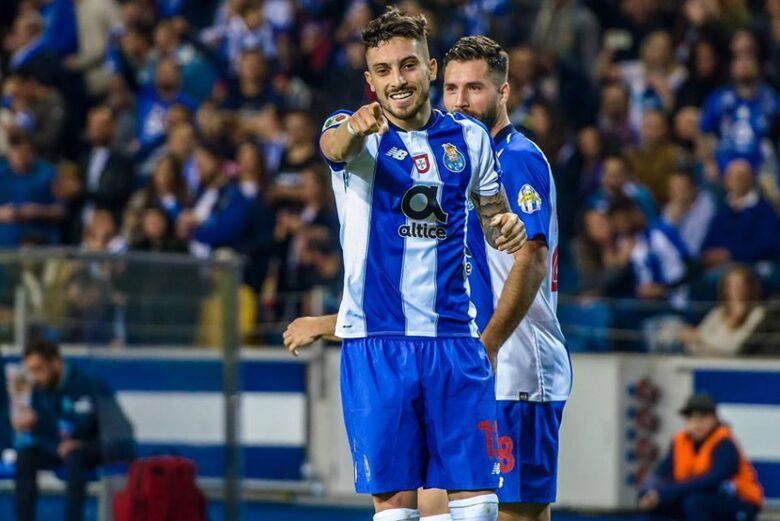Lateral do Atlético de Madrid não se recuperou a tempo do inicio da próxima data Fifa - Crédito: Divulgação/FC Porto