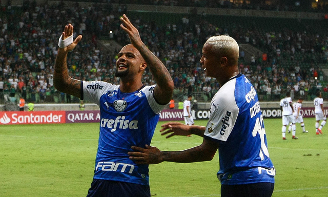 Felipe Melo abriu o caminho da vitória palmeirense nesta terça-feira - Crédito: Agência Palmeiras