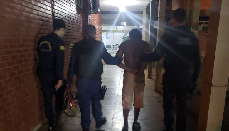Homem foi preso após protagonizar fuga de cinema - Crédito: Divulgação