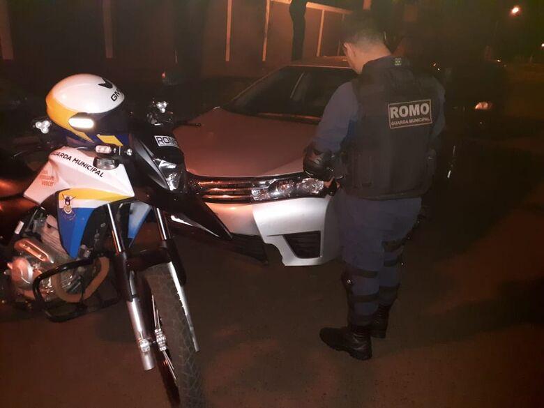 Veículo roubado foi encontrado abandonado na noite de segunda-feira - Crédito: Divulgação/GMD