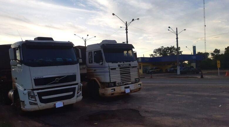 Contrabando estava divido em duas carretas - Crédito: Divulgação/PRF