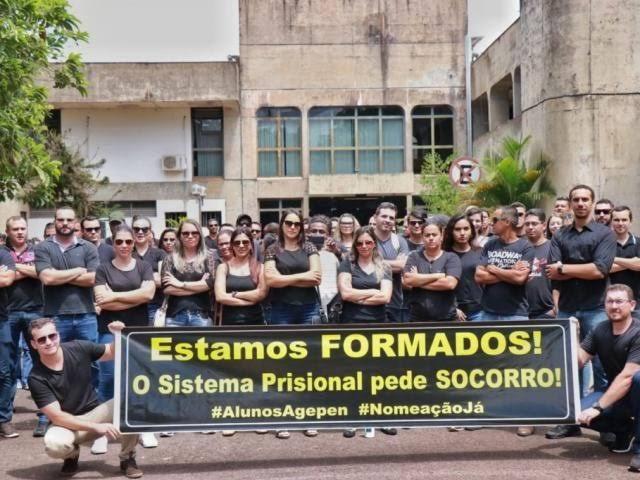 Aprovados aguardam as nomeações na Agepen - Crédito: Divulgação