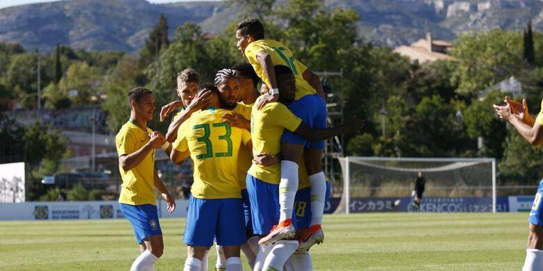 Brasil bate a Irlanda e vai à final - Crédito: Twitter@TournoIMRevello