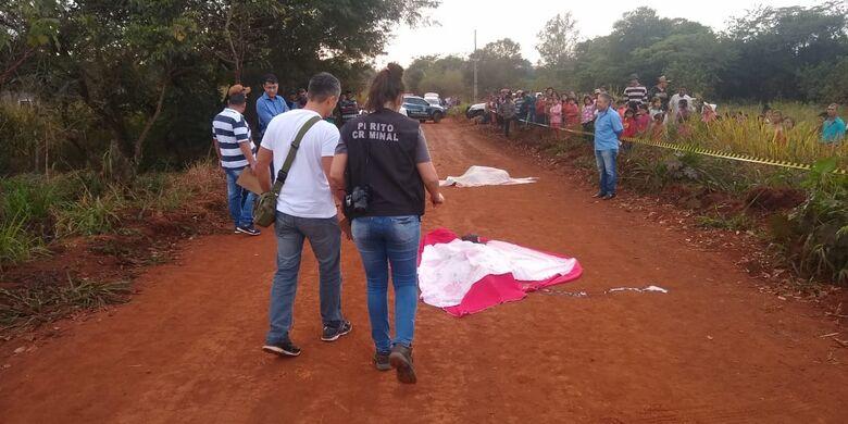 Corpos foram encontrados na manhã deste sábado - Crédito: Cido Costa