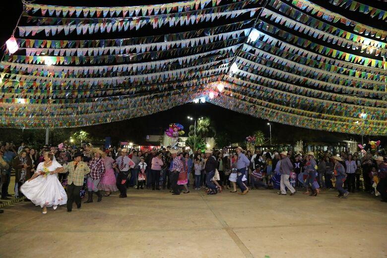 Festa Junina de Dourados acontece na Praça Antonio João, de 14 a 16 de junho - Crédito: Divulgação