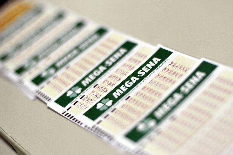 A aposta mínima, de 6 números, custa R$ 3,50 - Crédito: Marcello Casal Jr./Agência Brasil
