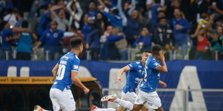 Cruzeiro fez 3 a 0 sobre o rival - Crédito: Thomás Santos/Agif/CBF