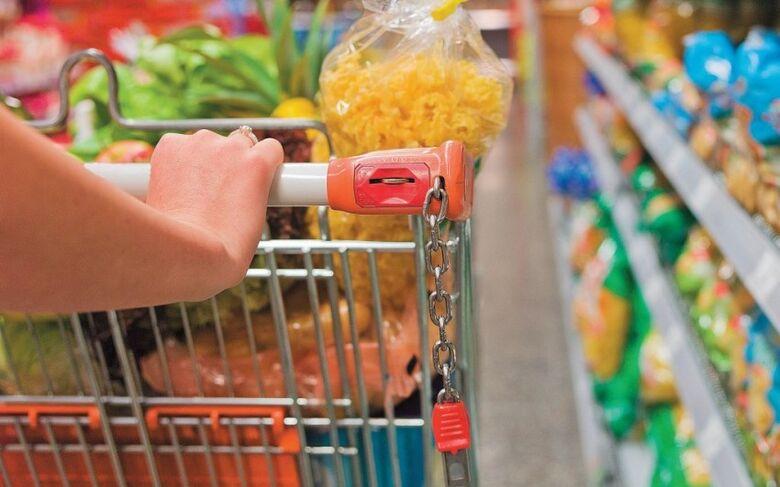 Órgão mostrou que 20 produtos tiveram diferença superior a 100% entre o maior e menor valor - Crédito: IDEME