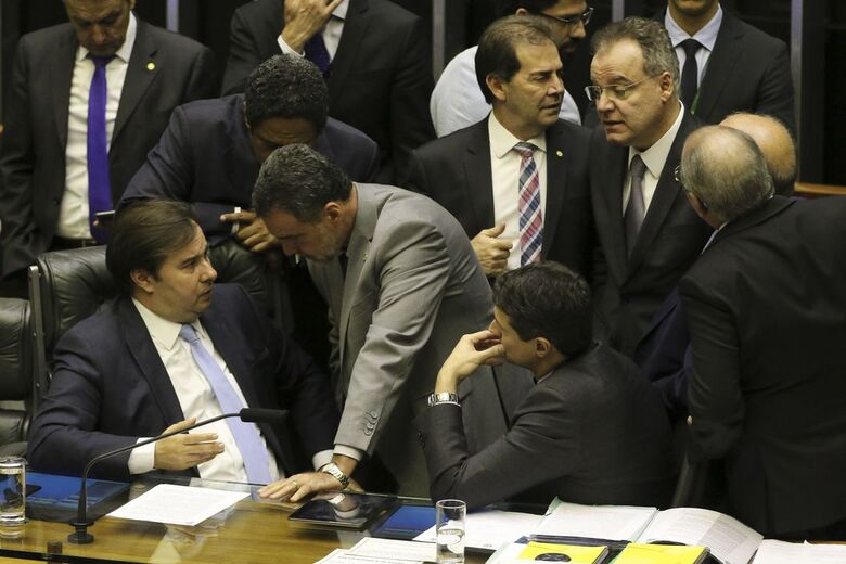 Ainda faltam nove destaques e emendas para serem votados - Crédito: Fabio Rodrigues Pozzebom/Agência Brasil
