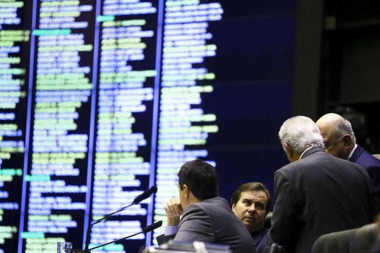 Deputados alteraram quatro pontos da proposta em plenário - Crédito: Marcelo Camargo/Agência Brasil