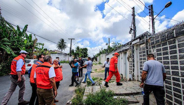 A Sedec monitora de perto as rachaduras no solo dos bairros Pinheiro, Mutang - Crédito: Divulgação Ministério do Desenvolvimento Regional