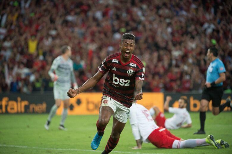 Bruno Henrique marcou os dois gols da vitória do Flamengo diante do Internacional, pela primeira partida das quartas de final da Libertadores 2019 - Crédito: Alexandre Vidal & Marcelo Cortes/Flamengo