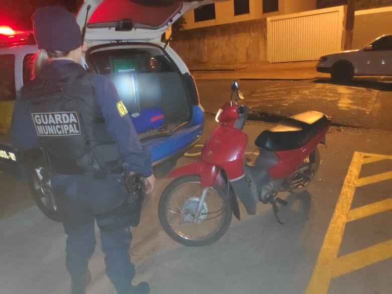 Veículo foi recuperado e jovem preso na noite desta segunda-feira - Crédito: Divulgação/GMD