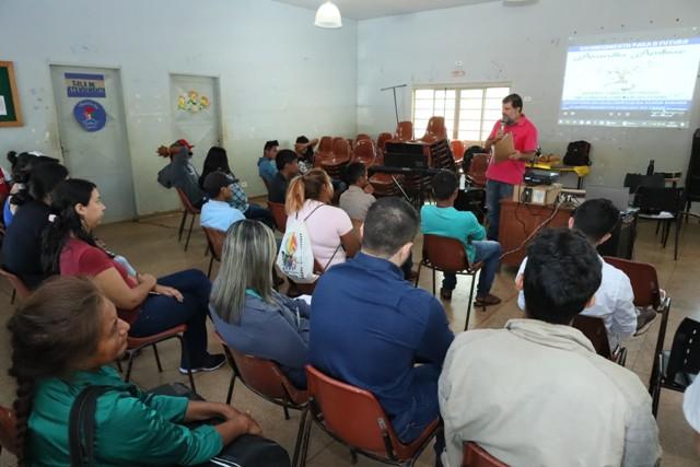 Aula inaugural dos cursos profissionalizantes do Arandu Ambue aconteceu nesta segunda-feira - Crédito: A.Frota