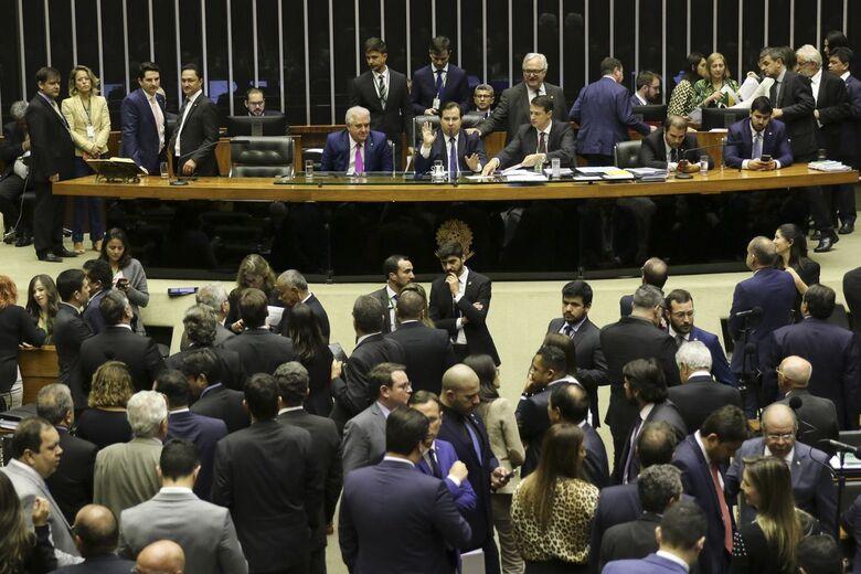 Deputados discutem nesta quarta destaques de bancada - Crédito: Fabio Rodrigues Pozzebom/Agência Brasil