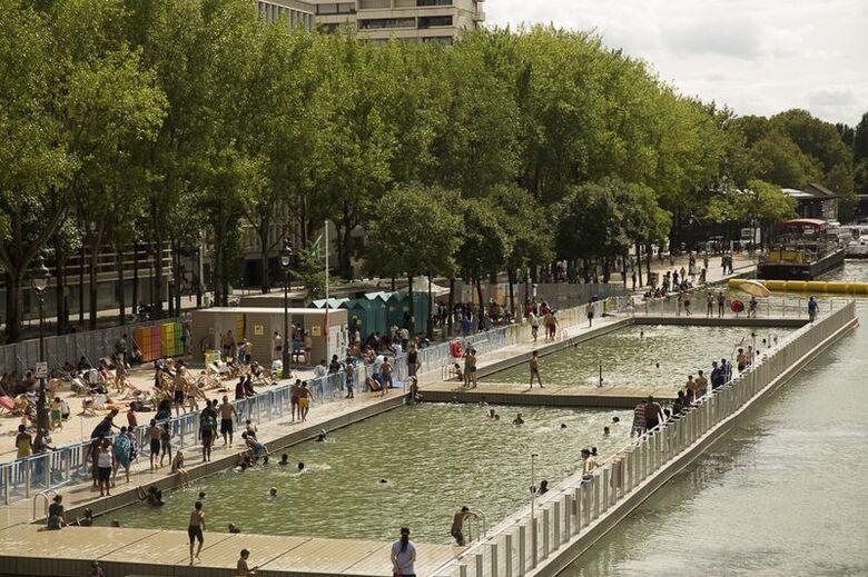 A estratégia é criar novos parques e jardins urbanos, acrescentando 30 hectares de espaço verde à capital - Crédito: Mairie de Paris/Fotos Públicas