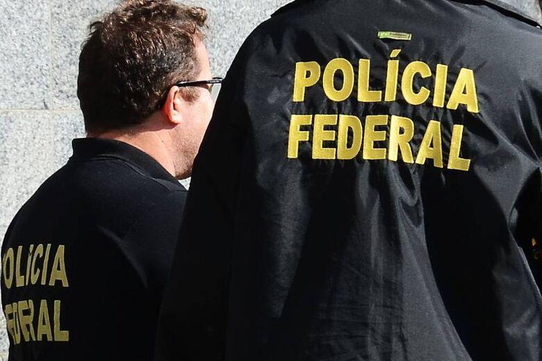 Cerca de 180 policiais federais cumprem 55 mandados de busca e apreensão, 30 mandados de prisão - Crédito: Arquivo/Agência Brasil