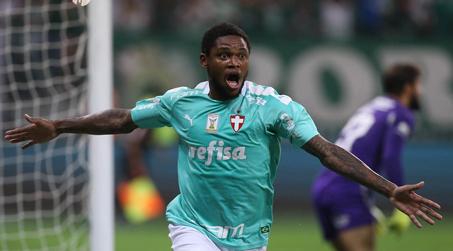 Em duelo válido pela 16ª rodada do Brasileirão, camisa 10 balança três vezes as redes - Crédito: Divulgação/Palmeiras