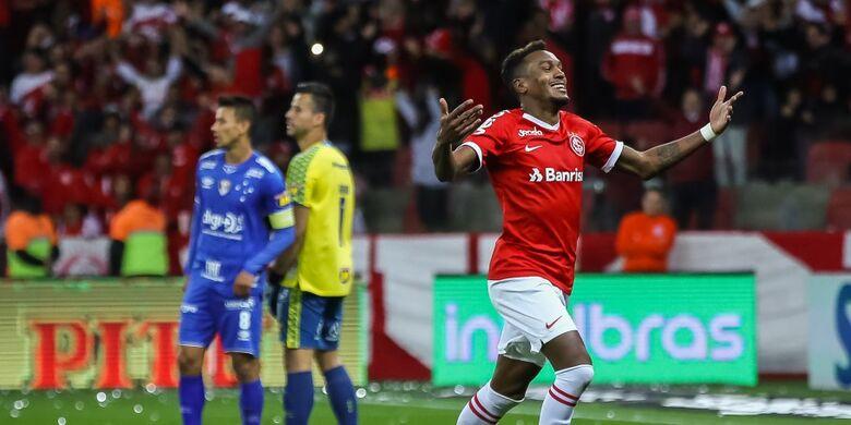 Inter volta a vencer Cruzeiro e pega Athletico na final - Crédito: Divulgação/CBF