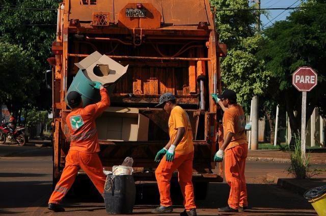 Coleta de Lixo para no feriado em Dourados - Crédito: Divulgação