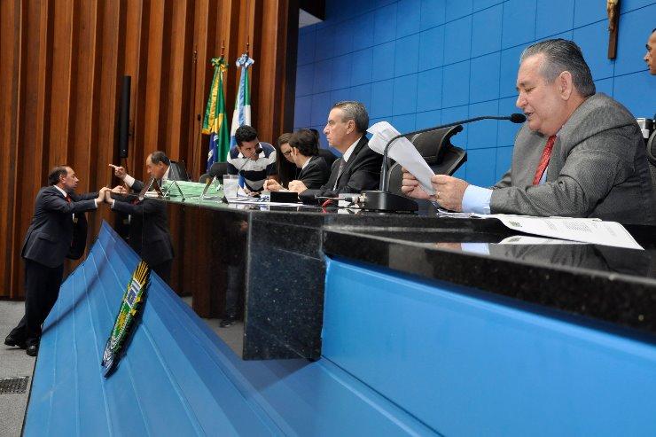 Deputados aprovam em 1ª votação projetos do Executivo - Crédito: Luciana Nassar