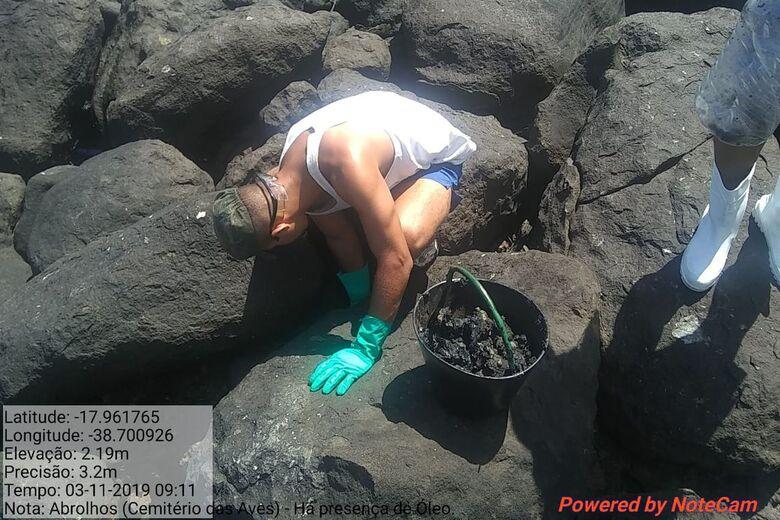Marinha: fragmentos de óleo chegaram a praia do Espírito Santo - Crédito: Marinha do Brasil