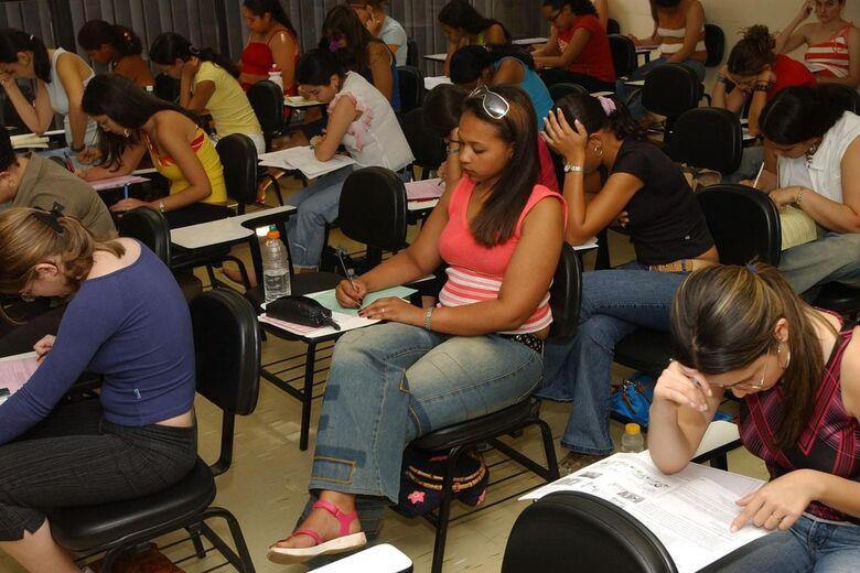 Neste domingo estudantes fazem a segunda fase do Enem -
