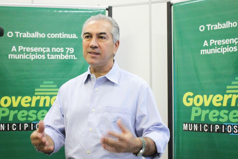 Reinaldo Azambuja durante a primeira audiência da etapa Dourados do Governo Presente, nesta quarta-feira - Crédito: Divulgação