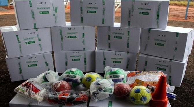 Governo do Estado finaliza entrega de kits esportivos às escolas -