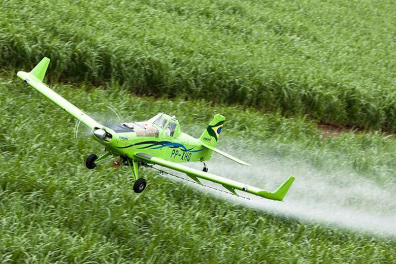 Fiscalização apreende mais de 6t de defensivos agrícolas ilegais no Paraná - Crédito: Agência Brasil