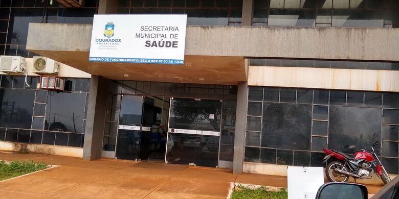 Policiais deferais fazem busca e apreensões na Secretaria de Saúde - Crédito: Divulgação