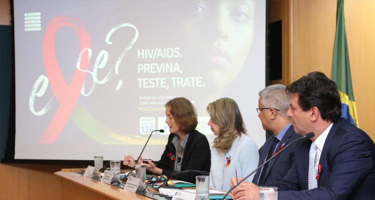 135 mil brasileiros vivem com HIV e não sabem - Crédito: Erasmo Salomão / ASCOM MS