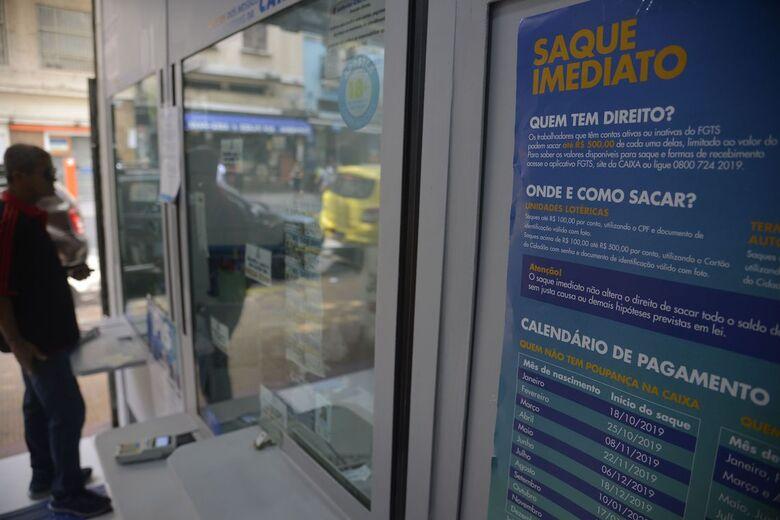 Saiba se você terá direito ao saque de R$ 998 no FGTS - Crédito: Fernando Frazão/Agência Brasil