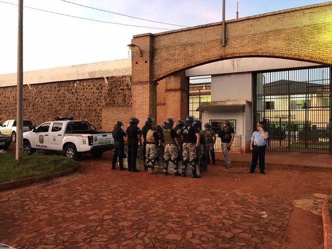 Por enquanto ainda são 67 foragidos, segundo a justiça paraguais - Crédito: Divulgação