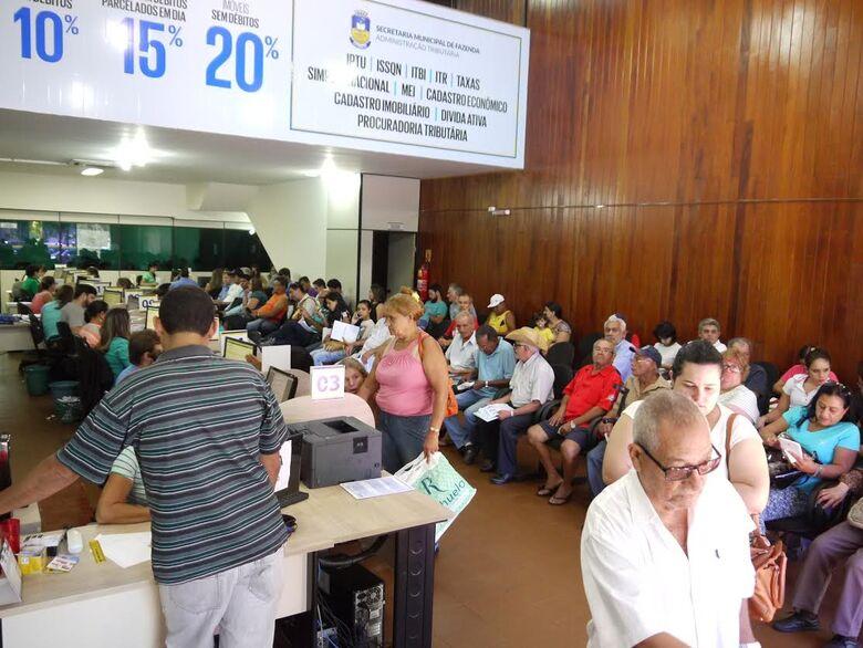 Para tirar dúvidas o contribuinte tem que se dirigir a Central de Atendimento ao Cidadão - Crédito: Divulgação