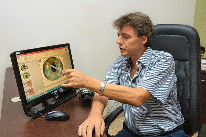 O psicólogo e iridólogo José Antônio Pacheco - Crédito: Redação