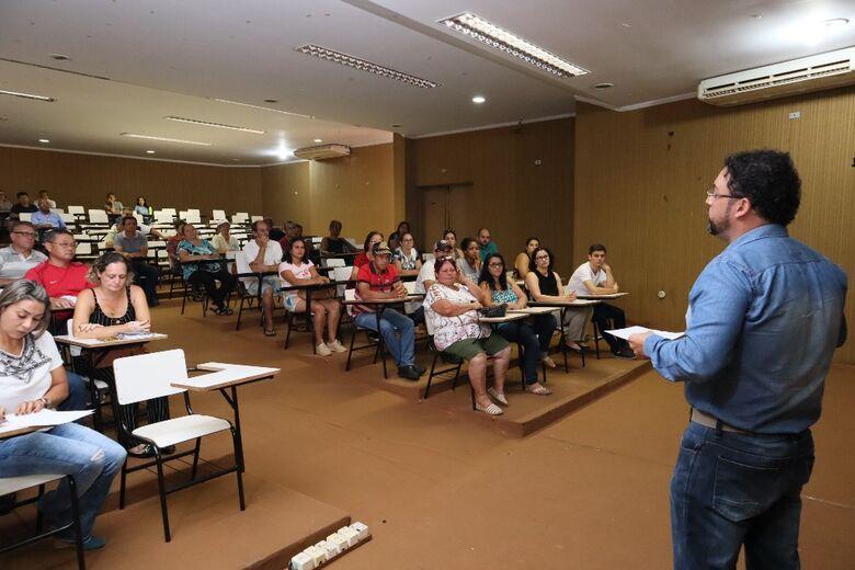Prefeitura de Dourados discute com feirantes propostas para melhorar a Feira Central - Crédito: Divulgação