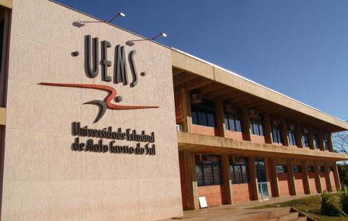 As vagas estão divididas entre as unidades da UEMS no Estado - Crédito: Arquivo