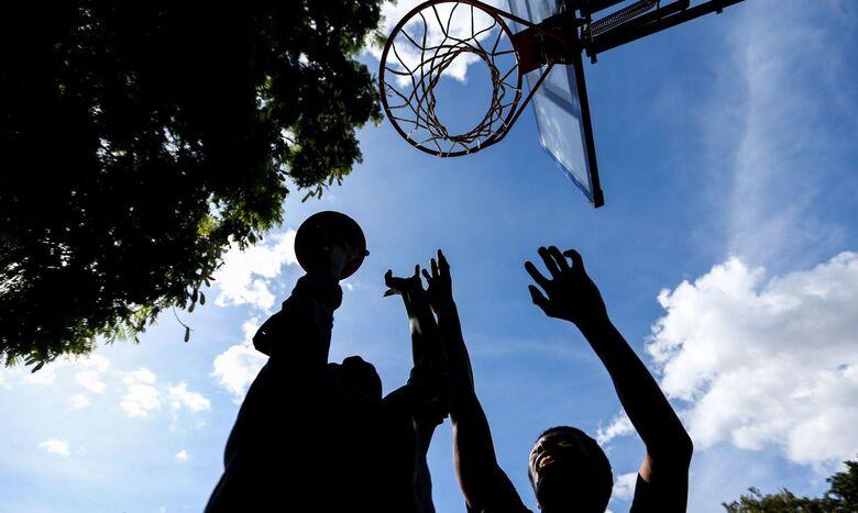 Atividade física protege saúde de crianças com baixo peso - Crédito: Marcelo Camargo/Agência Brasil