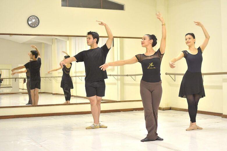Studio Blanche Torres oferece aulas de balé para adultos - Crédito: Marcos Ribeiro