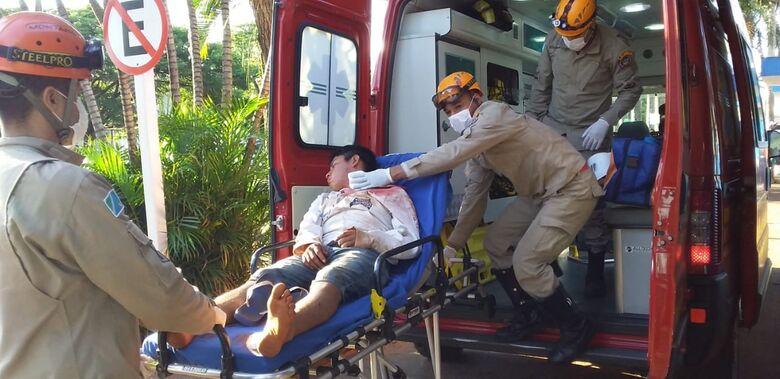 Jovem foi encaminhado ao Hospital da Vida - Crédito: Cido Costa/Dourados Agora