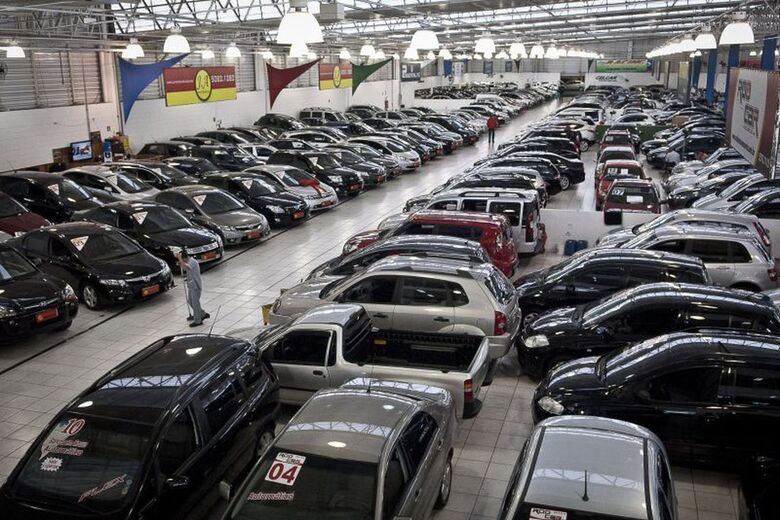 Venda de veículos cai 3,2% no Brasil em janeiro - Crédito: Marcelo Camargo/Agência Brasi