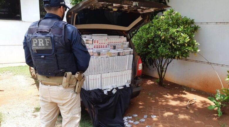 PRF apreende 50 mil pacotes de cigarros contrabandeados na BR 163 -
