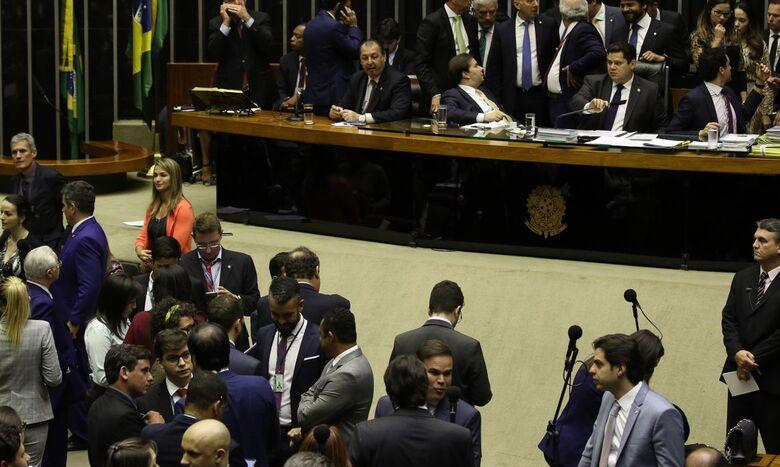 Congresso faz acordo com governo e derrubará vetos da LDO 2020 - Crédito: Fábio ROdrigues /EBC