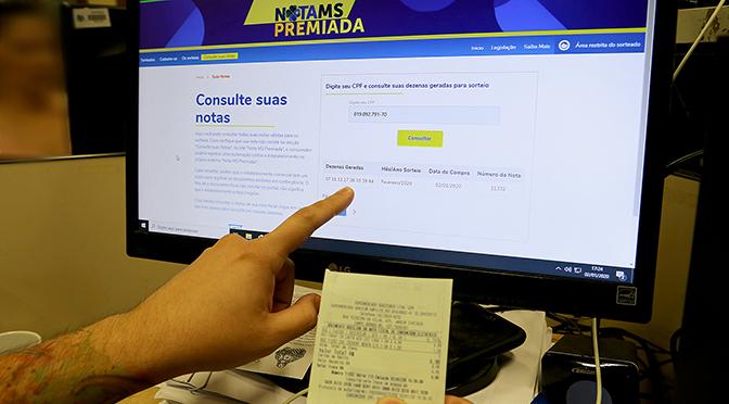 Ao fazer compra com CPF, contribuinte já concorre a prêmios - Crédito: Edemir Rodrigues