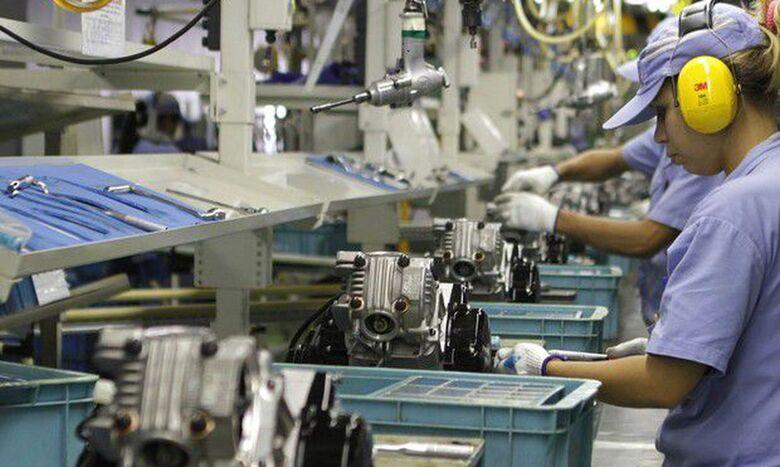 Falta de trabalhador qualificado afeta metade das indústrias no país - Crédito: Marcelo Camargo/Agência Brasil